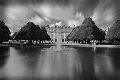 Hampton Court Palace Art Print