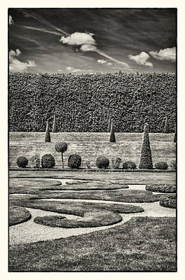 Photograph - Hampton Court The Privy Garden Bw by Lenny Carter