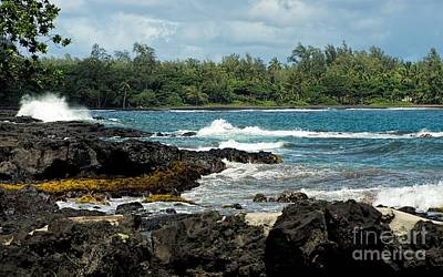 Photograph - Hana Beach by Peggy Hughes