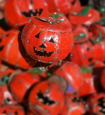 Jack O Lanterns Jackolantern Photograph - Happy Halloween by Karyn Robinson