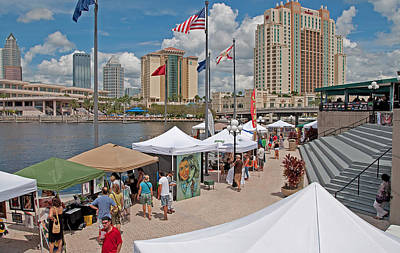 Photograph - Harbor Island Artfest Tampa by John Black