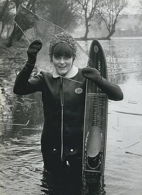 Hardy Jeannette Breaks The Ice At Rickmansworth Aquadrome Art Print by Retro Images Archive