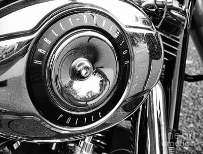 Harley Davidson Police Motorcycle Art Print by Paul Ward
