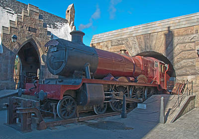 Photograph - Harry Potter - Hogwarts Steam Locomotive by John Black