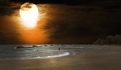 Harvest Moon On The Beach Art Print