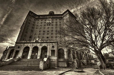 Haunted House Photograph - Haunted Baker Hotel by Jonathan Davison