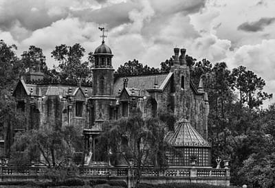 Photograph - Haunted Mansion - Bw by Nicholas Evans
