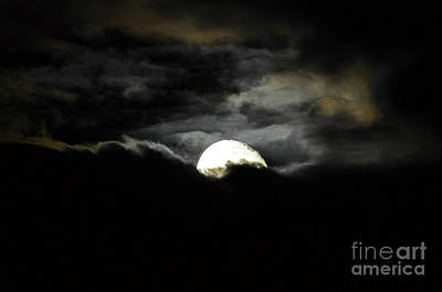 Haunting Horizon Art Print by Al Powell Photography USA