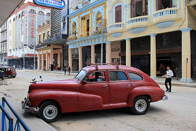 Photograph - Havana 32 by Andrew Fare