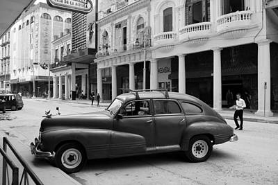 Photograph - Havana 32c by Andrew Fare
