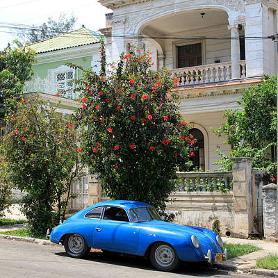 Photograph - Havana 37 by Andrew Fare