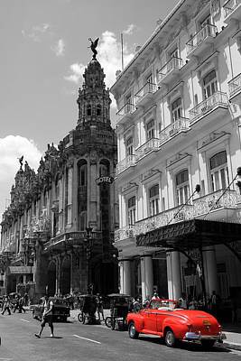 Photograph - Havana 5 by Andrew Fare