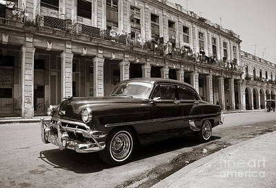 Photograph - Havana Chevy by Chris Dutton