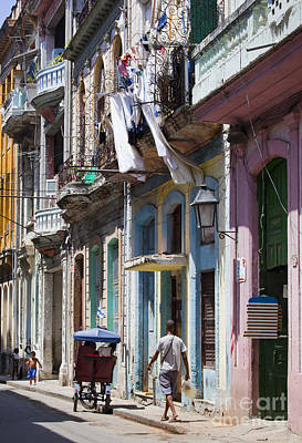 Photograph - Havana Street by Chris Dutton