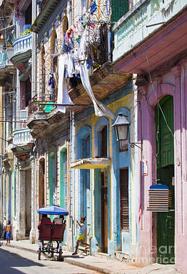 Photograph - Havana Street Colour by Chris Dutton