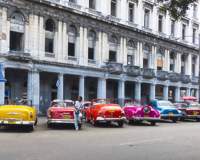 Photograph - Havana Taxis by Ann Tracy