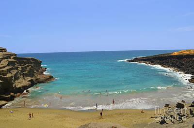 Digital Art - Hawaii Island Papakolea Green Sand Beach  by Eva Kaufman
