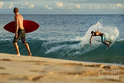 Hawaii, Maui, Makena - Big Beach, Skimboarders Along Shorebreak. Art Print by MakenaStockMedia