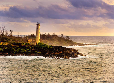 Photograph - Hawaiian Lighthouse by John Johnson