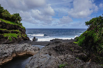 Photograph - Hawaiian Surf by John Johnson