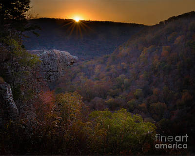 Photograph - Hawksbill Crag by Larry McMahon