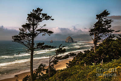 Seacapes Photograph - Haystack Framed by Robert Bales