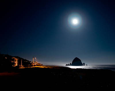 Photograph - Haystack Moon by Joseph Bowman