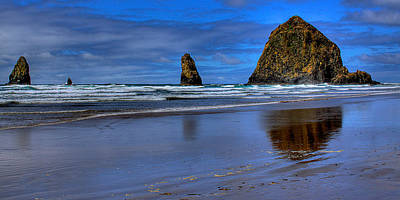 Haystack Rock And The Needles II Art Print by David Patterson