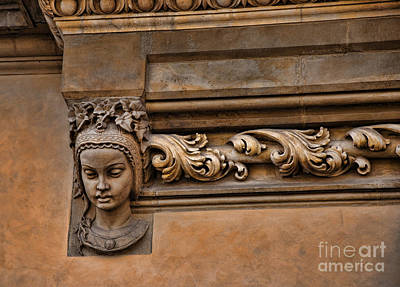 Photograph - Head On The Cloth Hall by Brenda Kean