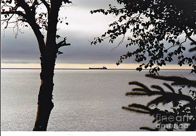 Photograph - Heading To Duluth by Barbara Plattenburg
