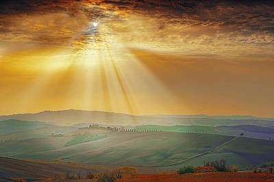 Heavenly Rays Art Print