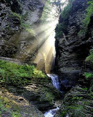 Photograph - Heaven's Light In Watkins Glen by Gene Walls