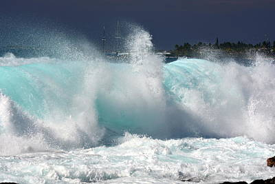 Raging Photograph - Heavy Surf by Lori Seaman