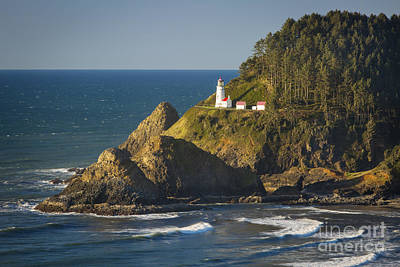 Photograph - Heceta Head Lighthouse - Sunny by Brian Jannsen