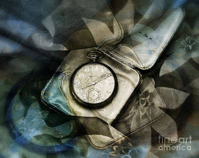 Photograph - Heirloom by Jutta Maria Pusl