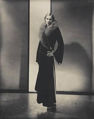Full-length Portrait Photograph - Helen Lyons Wearing A Vionnet Dress by Edward Steichen