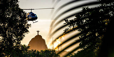 Photograph - Helicopter In Flight by Celso Diniz