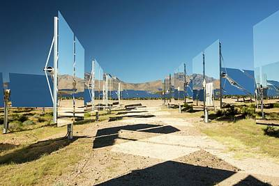 Heliostats At The Ivanpah Solar Art Print by Ashley Cooper