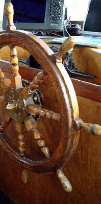 Photograph - Helm In The Princeton Hall Wheelhouse by Susan Stephenson