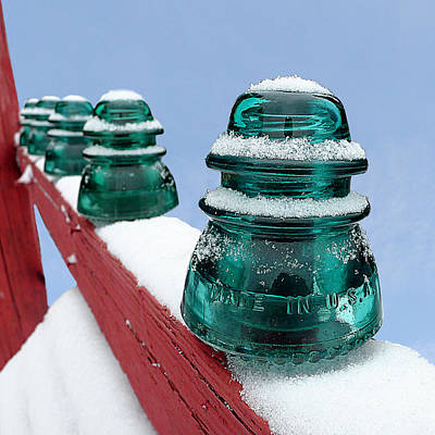 Photograph - Hemingray 42 - Insulated Against The Cold by Richard Reeve