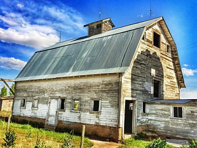 Photograph - Henderson Barn by Dan Miller