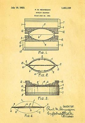 Hennegan Novelty Headwear Patent Art 1923 Art Print