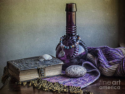 Photograph - Her Favorite Things by Terry Rowe