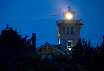 Photograph - Hereford Inlet Lighthouse At Dusk by Greg Graham