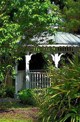 Photograph - Hidden Gazebo 1 by Sheri McLeroy