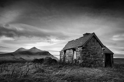 Abandoned Houses Photograph - Highland Cottage 2 by Dave Bowman