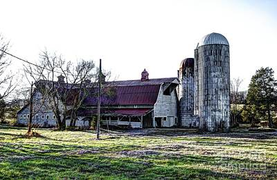 Photograph - Highway 11 Barn by Paul Mashburn