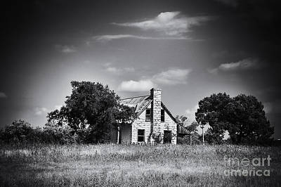Old Home Place Photograph - Hill Country Homestead by Arne Hansen