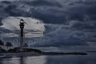 Animals Photos - Hillsboro Inet Lighthouse Pre Dawn by Michael  Wolf