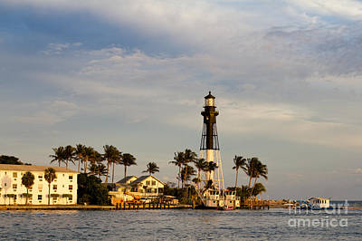 Photograph - Hillsboro Lighthouse by Les Palenik